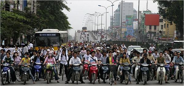 Tráfico en Hanoi (Vietnam)