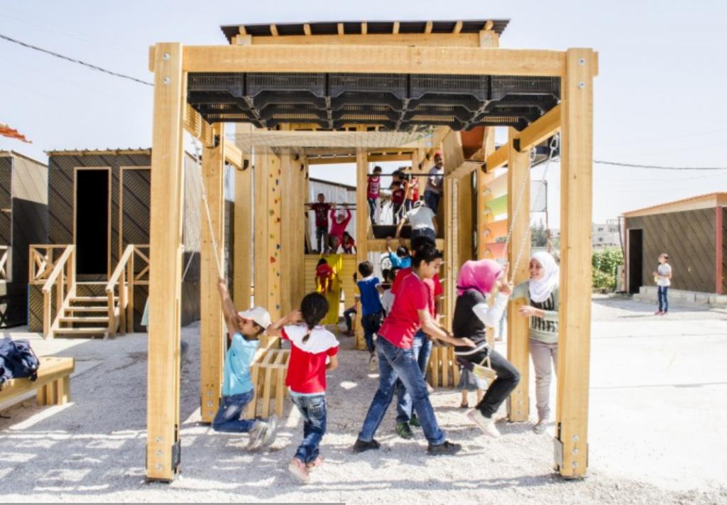 Algunos niños juegan en el campo de refugiados de Bar Elias (Líbano (Fuente: CatalyticAction)