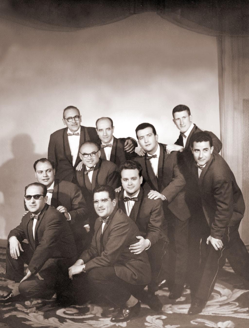 La Orquesta Ritmo (1963). D. Rafael Calonge en el centro (Fuente: Fototeca Municipal Campo de Criptana).