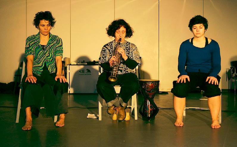 De izquierda a derecha: Raquel Sánchez (danza y música), Chefa Alonso (Música) y Ana Erdozain (Danza)